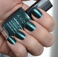 AVON Nailwear Pro+ - Noir Emerald