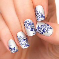 Incoco Nail Polish Strip in Secret Garden