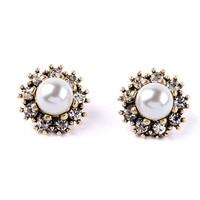 Cherrypick Pearl Nest Earrings