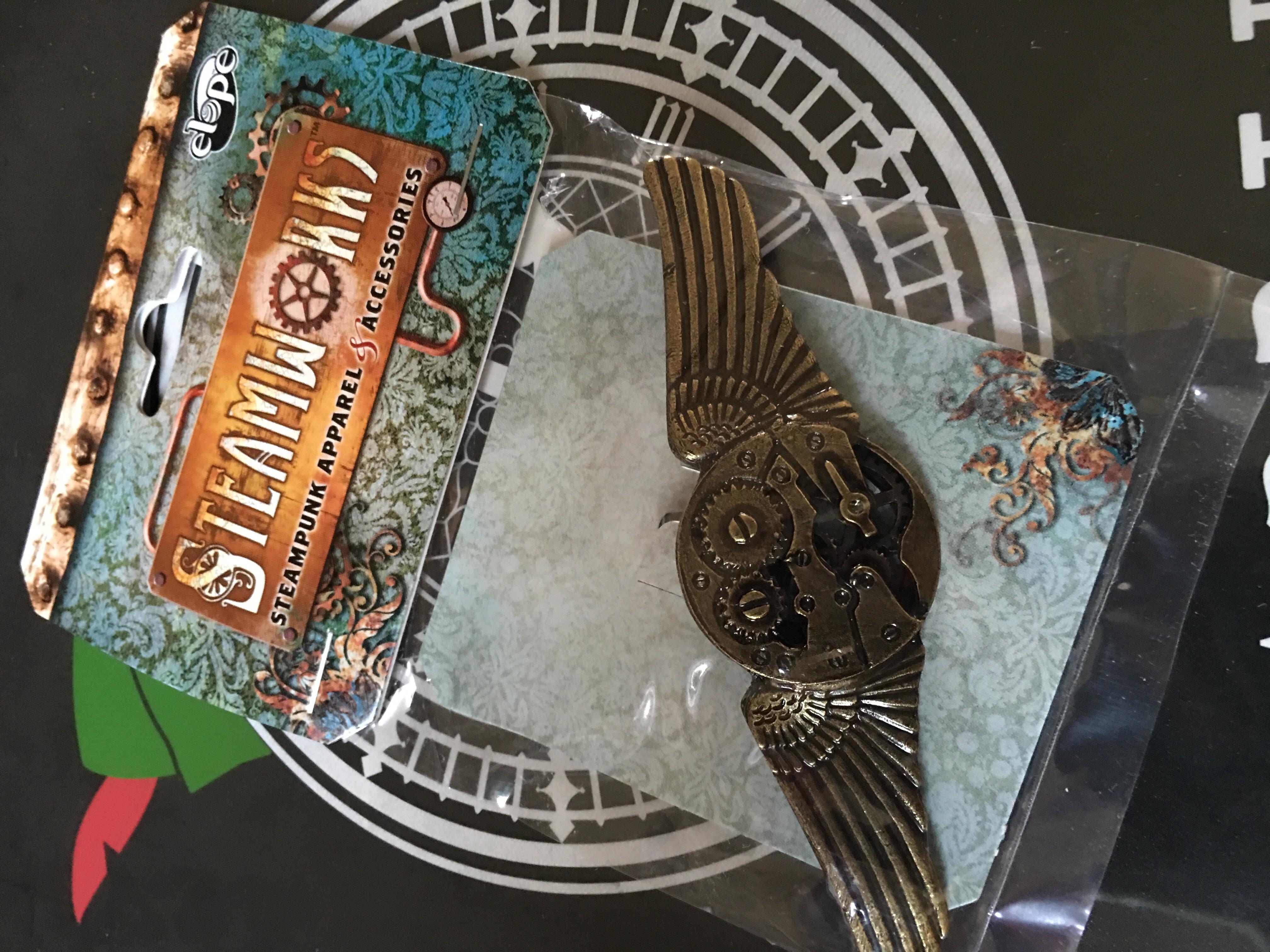 Steampunk gear wings pin
