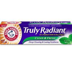 Arm & Hammer Truly Radiant Toothpaste in Clean Mint