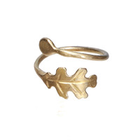 MINI BRASS LEAF & PUDDLE RING