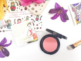 So Susan Cashmere Blush with Porefade Technology
